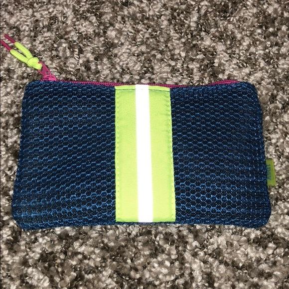 ipsy Handbags - Ipsy Makeup 💄 Bag